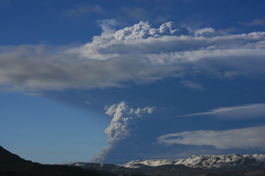 Smoke rises from Iceland's Grimsvotn, the island nation's most active volcano, on Saturday, May 21, 2011. (AP Photo/Halldora Kristin Unnarsdottir)