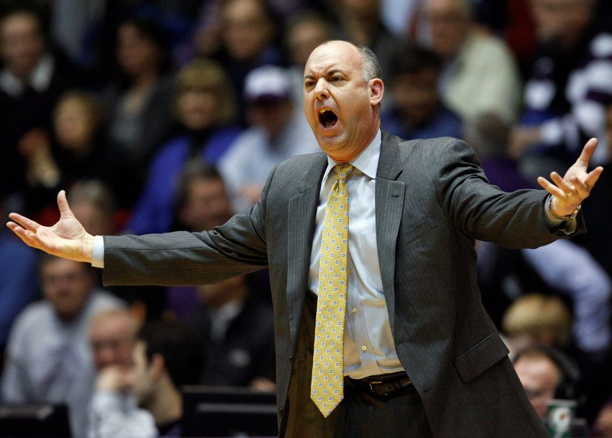 Navy went 3-26 under Ed DeChellis last season. (Associated Press)