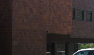 **FILE** A Planned Parenthood clinic in Overland Park, Kan., is seen on June 22, 2011. (Associated Press)