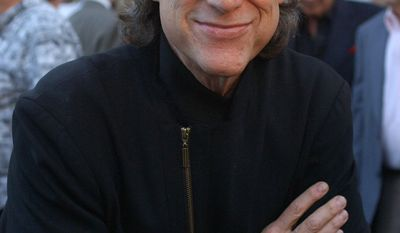 """Richard Lewis poses for photographs at the 80th birthday """"Sahl-ute"""" to comic Mort Sahl, at Wadsworth Theater in the Brentwood area of Los Angeles on Thursday, June 28, 2007. (AP Photo/Ann Johansson)"""