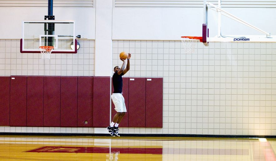 TALLAHASSEE, FLA. 8/29/11-SINGLETON_001-Washington Wizards rookie Chris Singleton practices Monday in Tallahassee, Fla. Singleton, who entered the NBA draft early, is continuing to work toward his degree at Florida State University while the NBA lockout drags on. Singleton, a social science major with a business minor, plans to graduate after completing course work in the summer of 2012. (Colin Hackley/Special to The Washington Times)