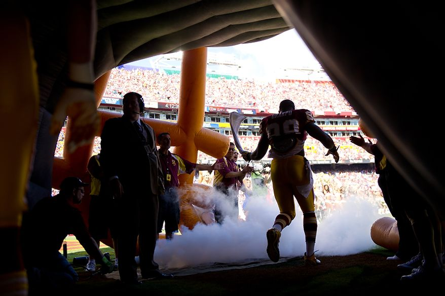 Washington Redskins LB Brian Orakpo (98) takes the field to play the New York Giants at FedEx Field in Landover, Md. Sunday, September 11, 2011. (Andrew Harnik / The Washington Times)