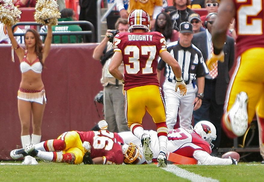Arizona Cardinals tight end Jeff King (87) dives into the end zone after catching Kevin Kolb's (not shown) 21-yard touchdown pass during the first quarter of their game with the Washington Redskins at FedEx Field in Landover, Md., on Sunday, Sept. 18, 2011. (T.J. Kirkpatrick/The Washington Times)