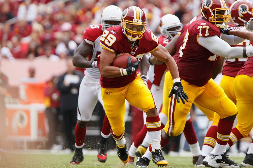 Redskins' running back Roy Helu (29) breaks a third quarter run against the Arizona Cardinals during a 22-21 win at FedEx Field in Landover, Md., on Sunday, September 18, 2011. (T.J. Kirkpatrick/The Washington Times)