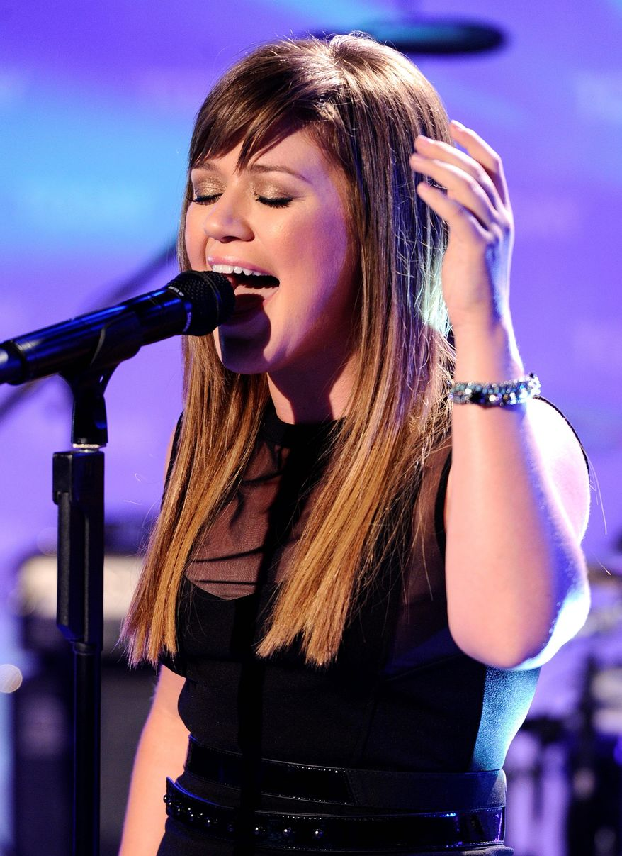 Kelly Clarkson (Associated Press)