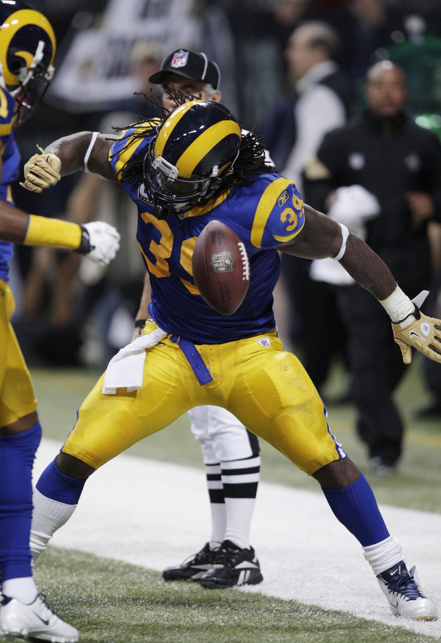 St. Louis Rams running back Steven Jackson (39) celebrates his touchdown during the third quarter of an NFL football game against New Orleans Saints Sunday, Oct. 30, 2011, in St. Louis. (AP Photo/Tom Gannam)