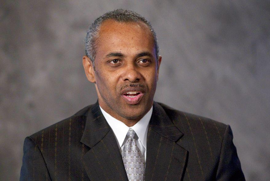 ** FILE ** Paul Hewitt, George Mason basketball coach