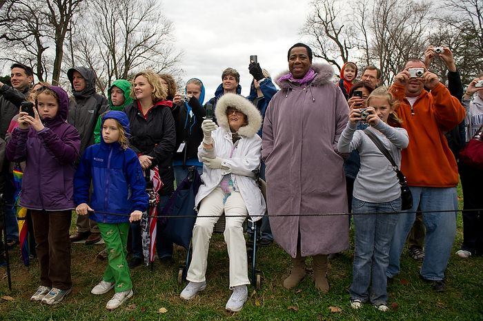 A crowd gathers Nov. 23, 2011, for the arrival of Liberty, the turkey pardoned by President Obama, at Mount Vernon in Virginia. (Andrew Harnik/The Washington Times)