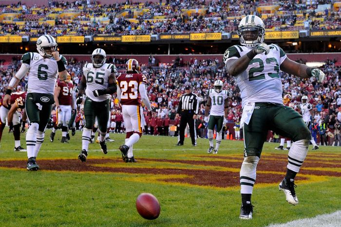 New York Jets running back Shonn Greene (23) celebrates his fourth-quarter touchdown that put the Jets up 27-16 at FedEx Field in Landover, Md., on Sunday, December 4, 2011. (Preston Keres/For The Washington Times)