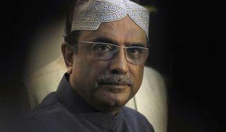 ** FILE ** Pakistani President Asif Ali Zardari (AP Photo/Anjum Naveed)