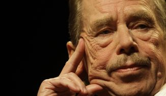 ** FILE ** Former Czech President Vaclav Havel is seen in Prague on Oct. 15, 2009, during the 20th anniversary commemoration of the fall of the iron curtain. (AP Photo/Petr David Josek, File)