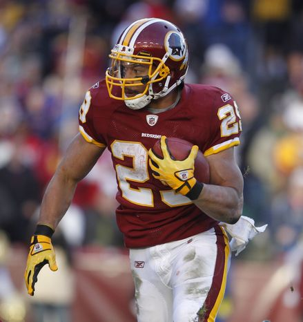 Washington Redskins rookie running back Roy Helu has run for 635 yards and two touchdowns on 147 carries this season. (AP Photo/Evan Vucci)