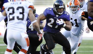 Running back Ray Rice (27) and the Baltimore Ravens can win the AFC North and earn a first-round playoff bye with a win Sunday at Cincinnati. (AP Photo/Nick Wass)