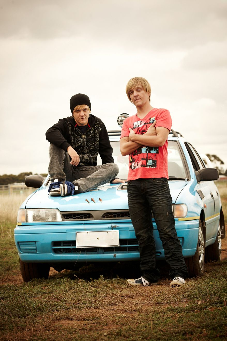 """Chris Lilley is playing six characters in the new HBO series """"Angry Boys,"""" including identical twins Nathan and Daniel Sims. (HBO via Associated Press)"""