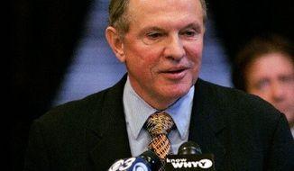 New Jersey Sen. Raymond J. Lesniak. (AP Photo)