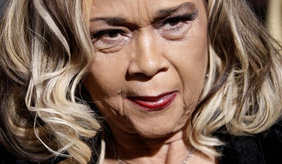 "**FILE** Singer Etta James arrives Nov. 24, 2008, at the premiere of the movie ""Cadillac Records"" in Los Angeles. (Associated Press)"
