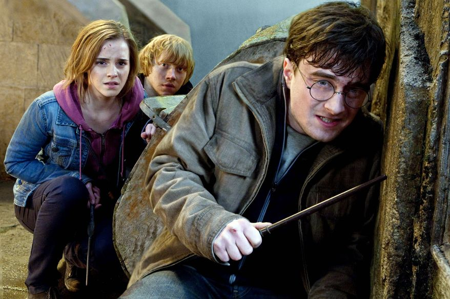 "** FILE ** ""Harry Potter and the Deathly Hallows: Part 2"""