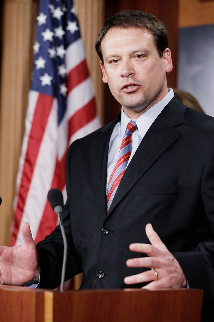 Rep. Heath Shuler, North Carolina Democrat, will not seek re-election to Congress. (AP photo)
