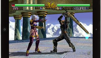 Ivy and Siegfried fight in the iPad game SoulCalibur.