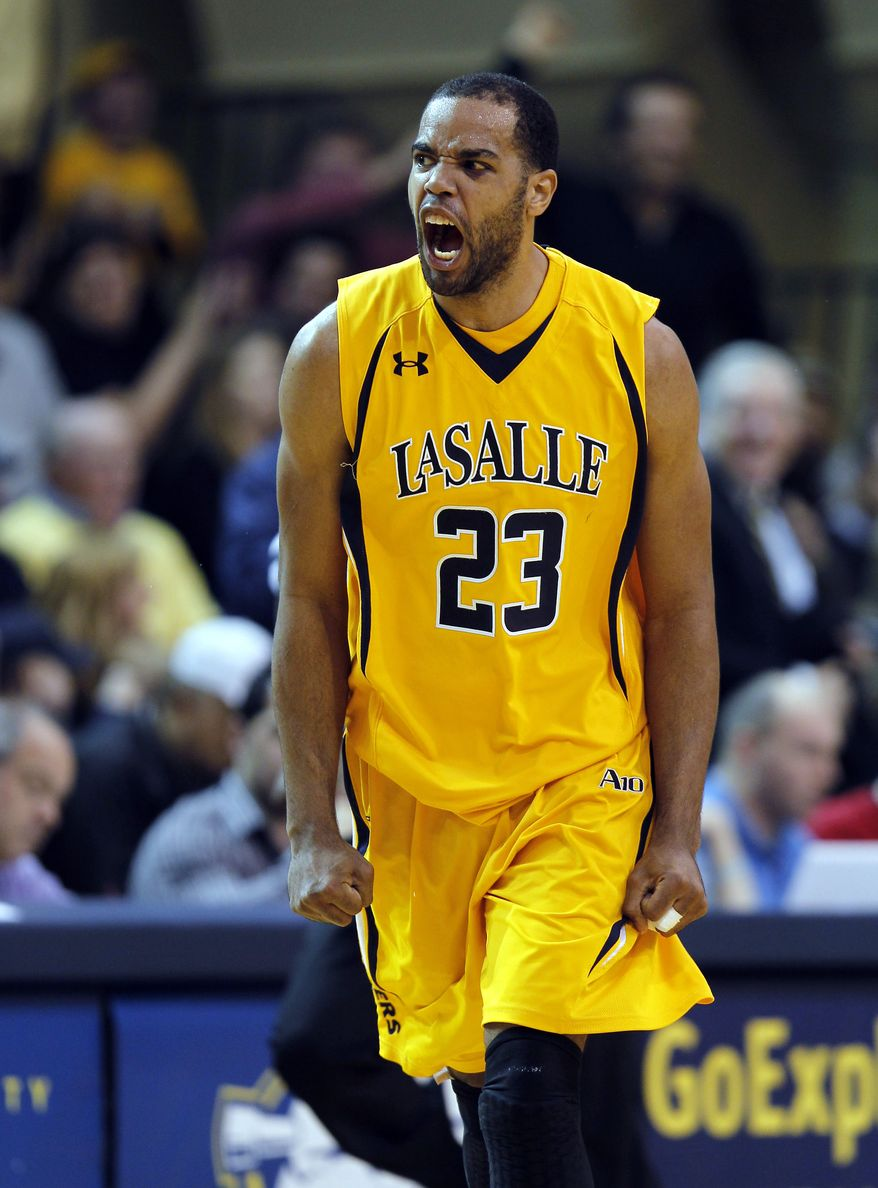 La Salle guard Earl Pettis had 14 points and six rebounds in La Salle's 60-56 win over George Washington on Wednesday night. (AP Photo/Alex Brandon)