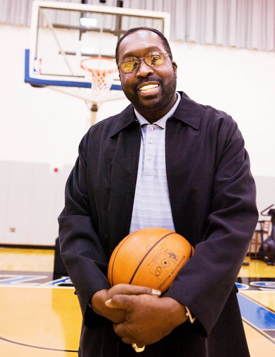 Former Baltimore Bullets star Earl Monroe had dedicated himself to helping others with Type 2 diabetes learn how to control the disease, just as he had to do. (Associated Press)