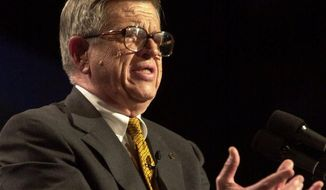**FILE** Onetime Watergate felon-turned-prison evangelist Charles Colson bears testimony Aug. 2, 2000, at a conference for 10,000 evangelical Protestants at Amsterdam's RAI congress center. (Associated Press)