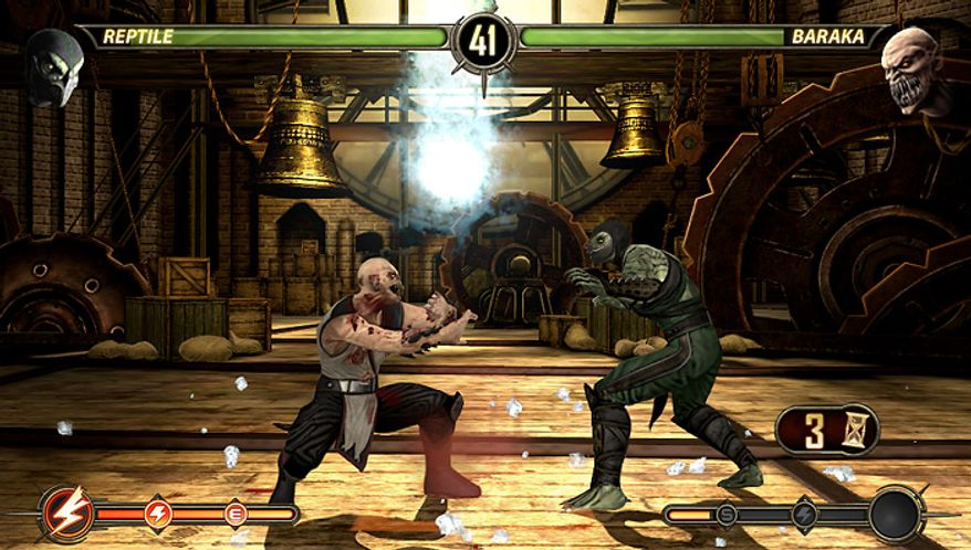 Reptile fights Baraka in the video game Mortal Kombat for the PS Vita.