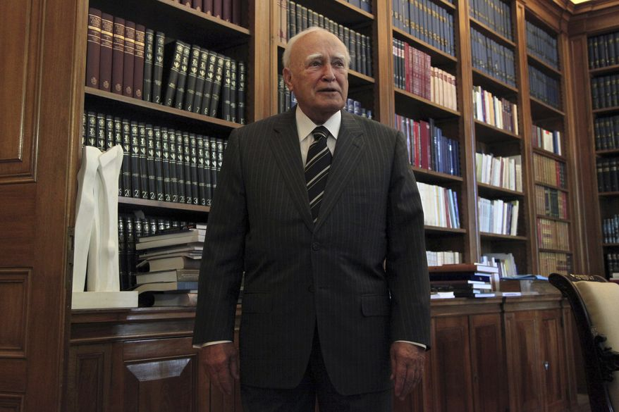 Greek President Karolos Papoulias (AP Photo/Petros Giannakouris, Pool)