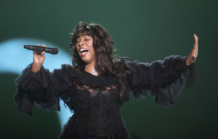 **FILE** Donna Summer performs Dec. 11, 2009, at the conclusion of the Nobel Peace concert in Oslo. (Associated Press)