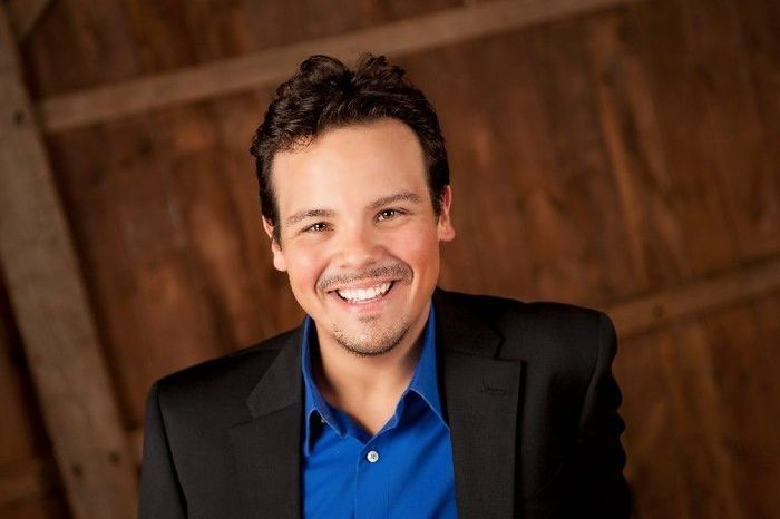 """Metropolitan Opera tenor David Portillo and soprano Jennifer Zetlan will appear in Mozart's """"The Magic Flute""""at the Ash Lawn Opera Festival. It and Meredith Wilson's """"The Music Man"""" will be staged at the Paramount Theater in Charlottesville, Va."""