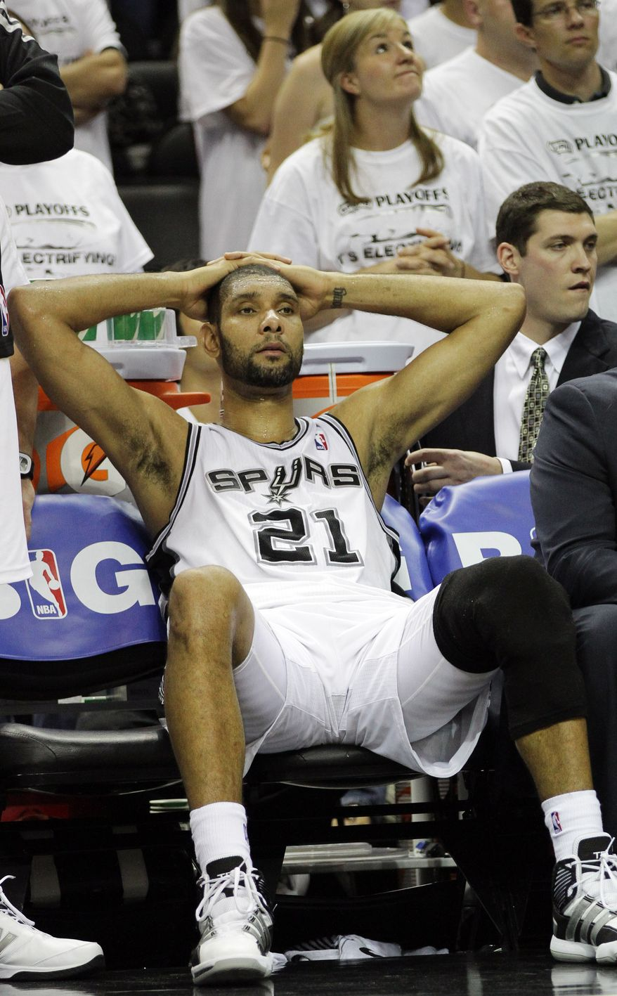 The San Antonio Spurs began the Western Conference finals with two straight wins, but they've lost three consecutive to the Oklahoma City Thunder and are on the brink of elimination. (AP Photo/Eric Gay)