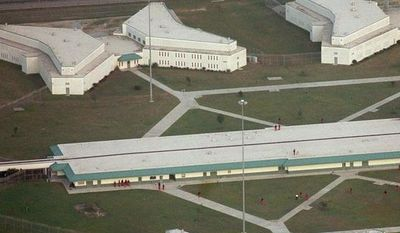 ** FILE ** The maximum-security Lee Correctional Institution near Bishopville, S.C., is pictured in 1999. (AP Photo/The State, Jason Clark, File)