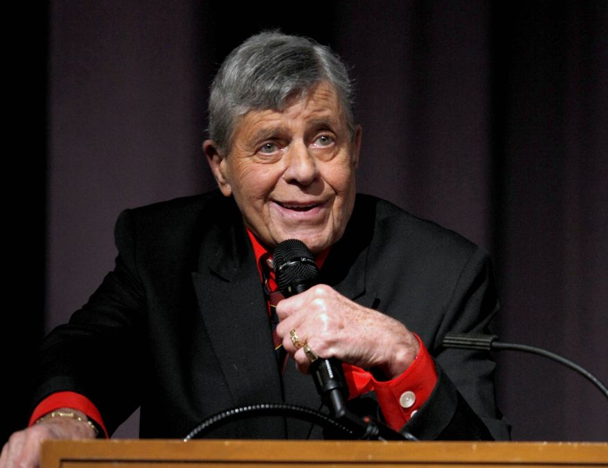 """**FILE** Comedian Jerry Lewis speaks Dec. 7, 2011, at the Encore Original premiere of """"Method to the Madness of Jerry Lewis"""" in Los Angeles. (Associated Press/Starz)"""