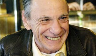 """**FILE** Henry Hill, whose life as a mobster and FBI informant was the basis for the Martin Scorcese film """"Goodfellas,"""" sits Feb. 22, 2005, in the Firefly restaurant in North Platte, Neb. (Associated Press)"""