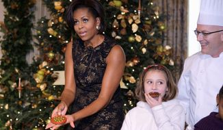 First lady Michelle Obama has given Family Circle a cookie recipe, as has Ann Romney, following a tradition going back to 1992.