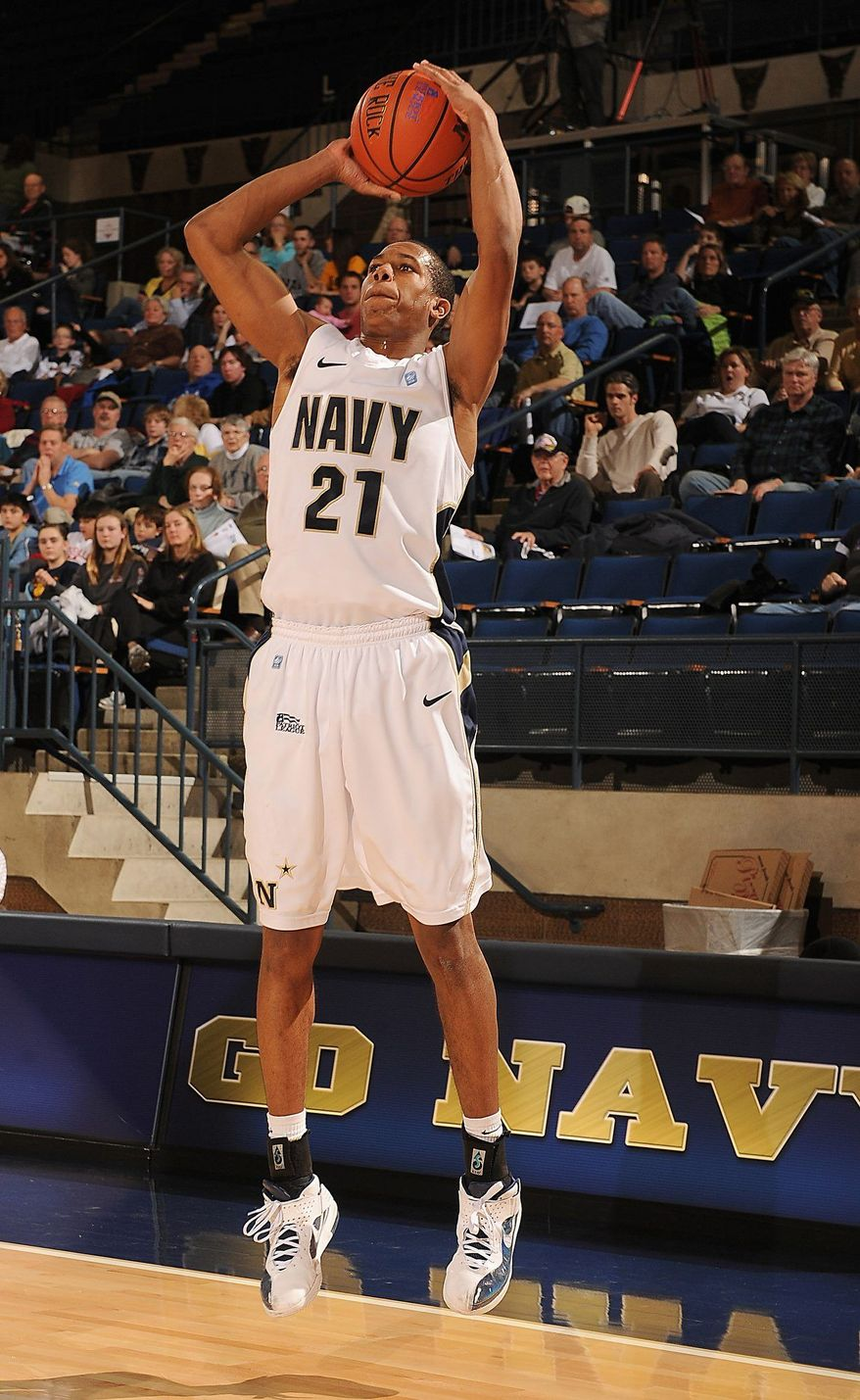 Worth Smith's freshman season ended with a broken foot in the Patriot League tournament quarterfinals. (Navy Athletics)