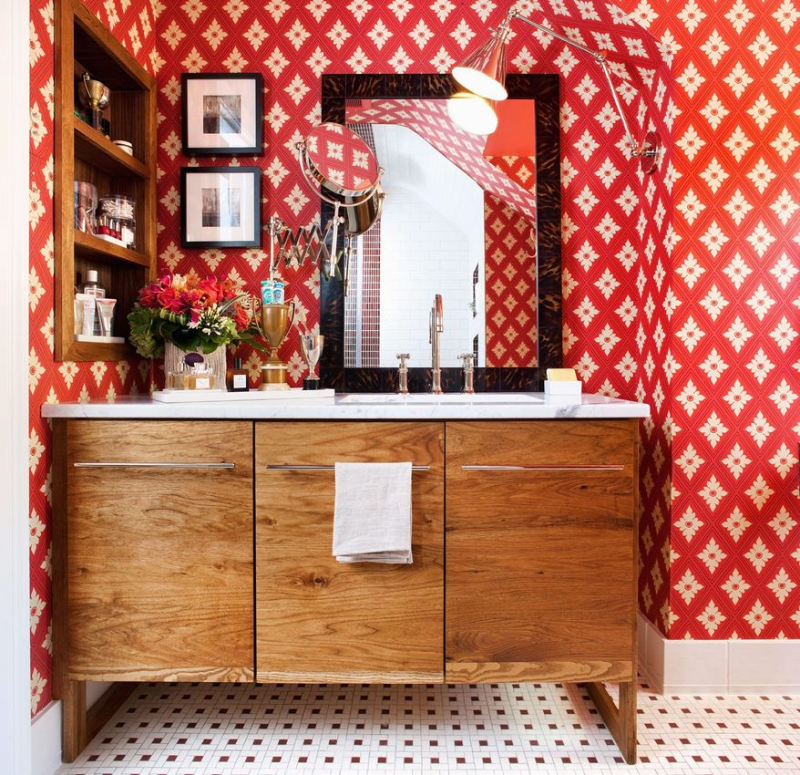 Photo by Stacy Zarin Goldberg  Christopher Patrick, owner of Christopher Patrick Interiors in the District, said using modern versions of traditional hardware is one way to integrate a traditionally styled bathroom into a contemporary home.