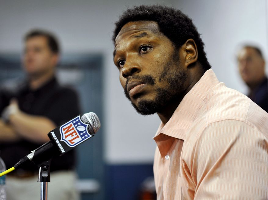 Jacksonville Jaguars running back Maurice Jones-Drew speaks during an NFL football news conference, Sunday, Sept. 2, 2012, in Jacksonville, Fla. Jones-Drew ended his 38-day holdout on Sunday by arriving at the team's facility despite a lack of a new contract. (AP Photo/The Florida Times-Union, Bob Self)