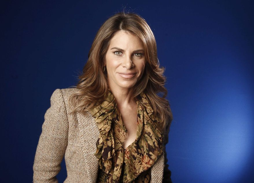 """** FILE ** This Jan. 6, 2012, file photo shows fitness guru Jillian Michaels in New York. """"The Biggest Loser"""" will return in January with the weight-loss show's first young teen participants and Michaels back on duty. (AP Photo/Carlo Allegri, file)"""