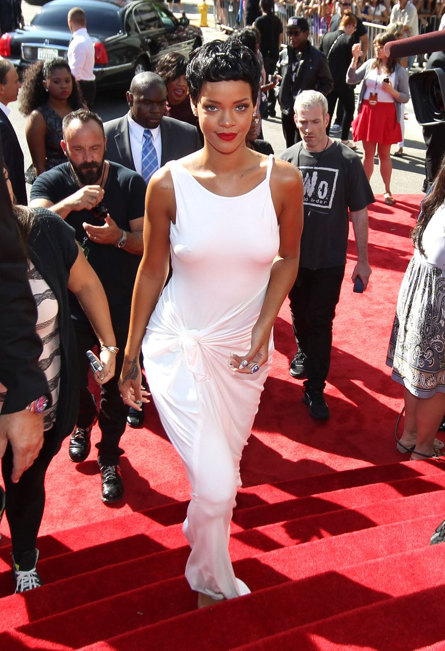 Rihanna arrives Sept. 6, 2012, at the MTV Video Music Awards in Los Angeles. (Matt Sayles/Invision/AP)