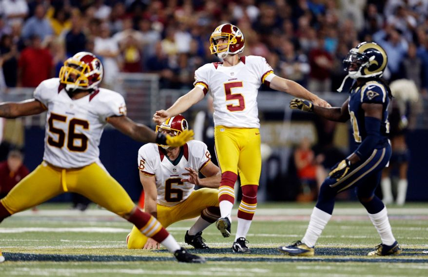 Washington Redskins kicker Billy Cundiff (5) misses a 62-yard field goal attempt during the fourth quarter. (AP Photo/Jeff Roberson)