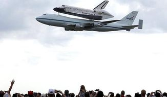 Shuttle Endeavour makes final flight