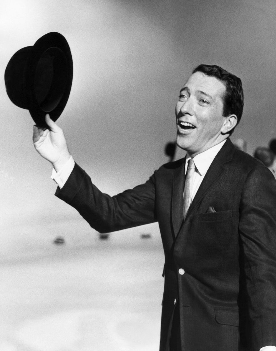 **FILE** Andy Williams performs a song on a television show on May 12, 1961. (Associated Press)