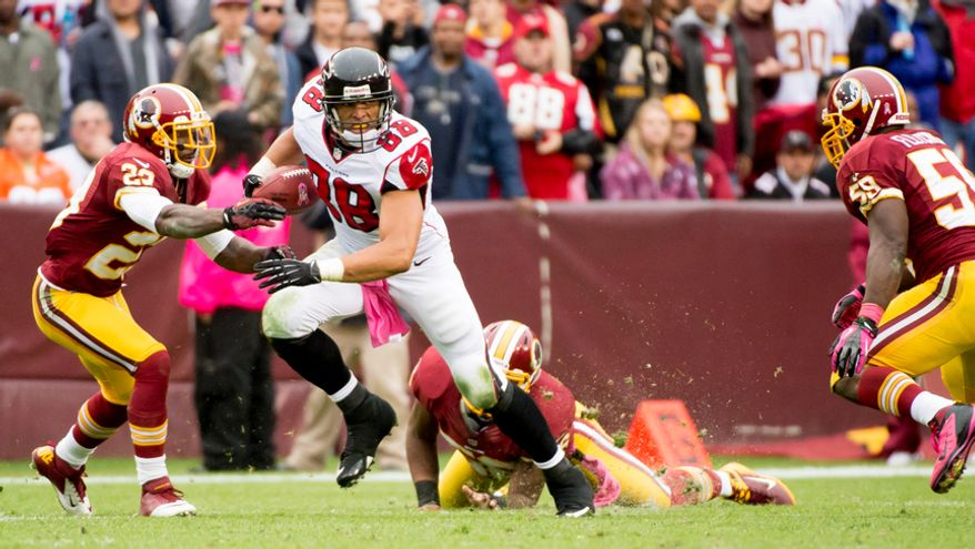 Atlanta Falcons tight end Tony Gonzalez (88) runs after the pass for 11 yards in the second quarter as the Washington Redskins play the Atlanta Falcons at FedEx Field, Landover, Md., Sunday, October 7, 2012. (Andrew Harnik/The Washington Times)