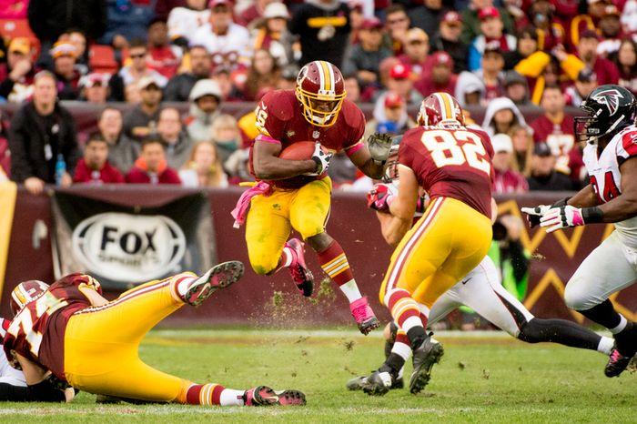 Washington Redskins running back Alfred Morris (46) runs in the fourth quarter as the Washington Redskins play the Atlanta Falcons at FedEx Field, Landover, Md., Sunday, October 7, 2012. (Andrew Harnik/The Washington Times)