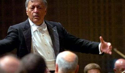 Conductor Zubin Mehta from India conducts the Israel Philharmonic Orchestra during the Lucerne Festival in Lucerne Switzerland, Wednesday, Aug. 29, 2007. (AP photo/Keystone/ Sigi Tischler)
