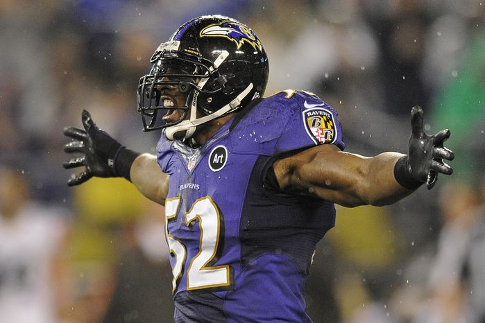 Baltimore Ravens inside linebacker Ray Lewis reacts to a play during the second half of an NFL football game against the Cleveland Browns in Baltimore, Thursday, Sept. 27, 2012. (AP Photo/Nick Wass)
