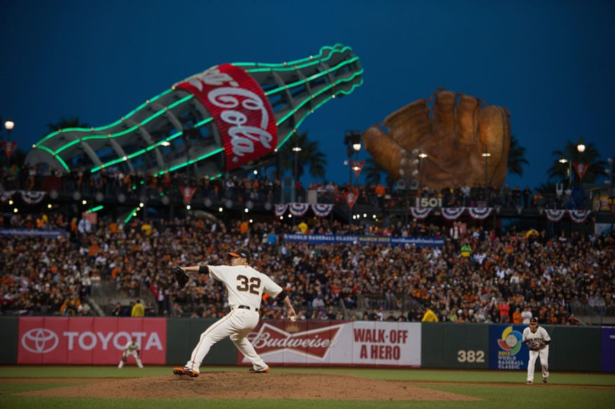 San Francisco Giants starting pitcher Ryan Vogelsong (32) delivers a pitch during Game 6 of the National League Championship Series against the St. Louis Cardinals on Oct. 21, 2012, in San Francisco. The Giants won 6-1 to force a decisive Game 7. (Associated Press/The Sacramento Bee)