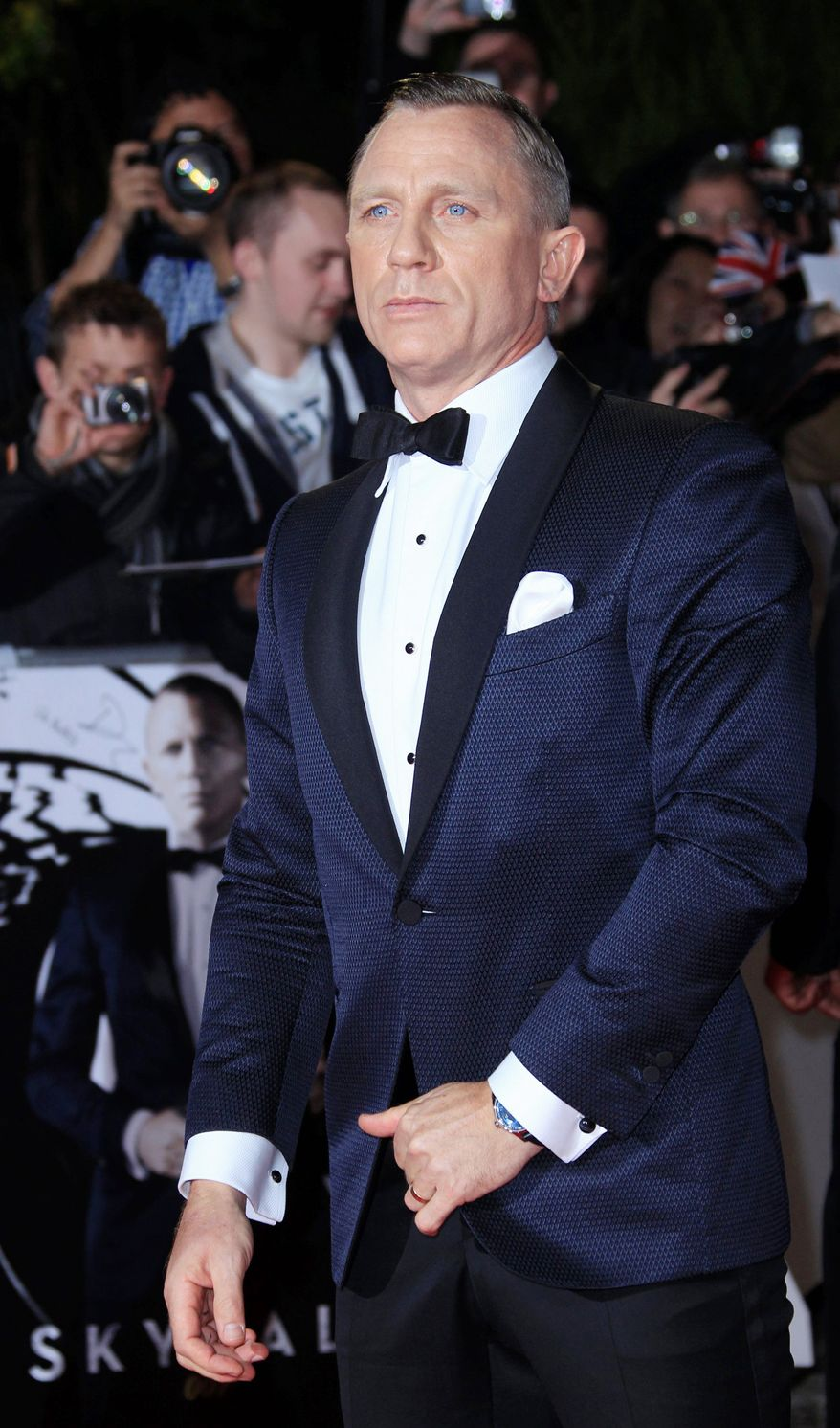 "Daniel Craig arrives at the world premiere of ""Skyfall"" at the Royal Albert Hall on Tuesday, Oct. 23, 2012 in London. (Photo by Joel Ryan/Invision/AP)"