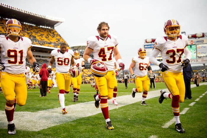 Washington Redskins tight end Chris Cooley (47) returns to the Washington Redskins after being cut in the preseason as the Washington Redskins take on the Pittsburgh Steelers at Heinz Field, Pittsburgh, Pa., Sunday, October 28, 2012. (Andrew Harnik/The Washington Times)